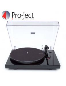 Pro-Ject Debut Carbon Recordmaster Hires 2M-Red